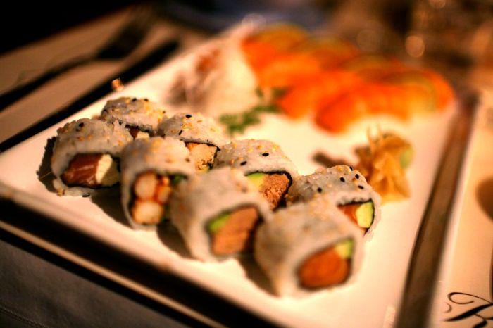 little-rose-sushi-combination